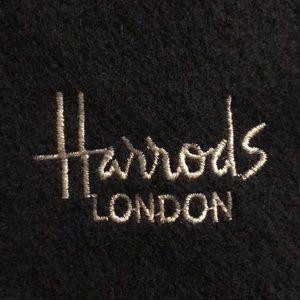 Harrods London Dark Blue Scarf Wool Scotland